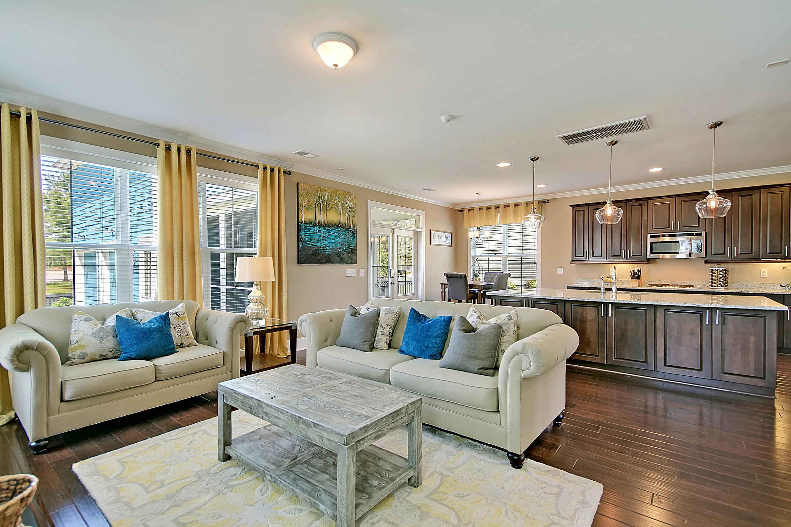 Carnes Crossroads Homes For Sale - 827 Buckler, Summerville, SC - 44