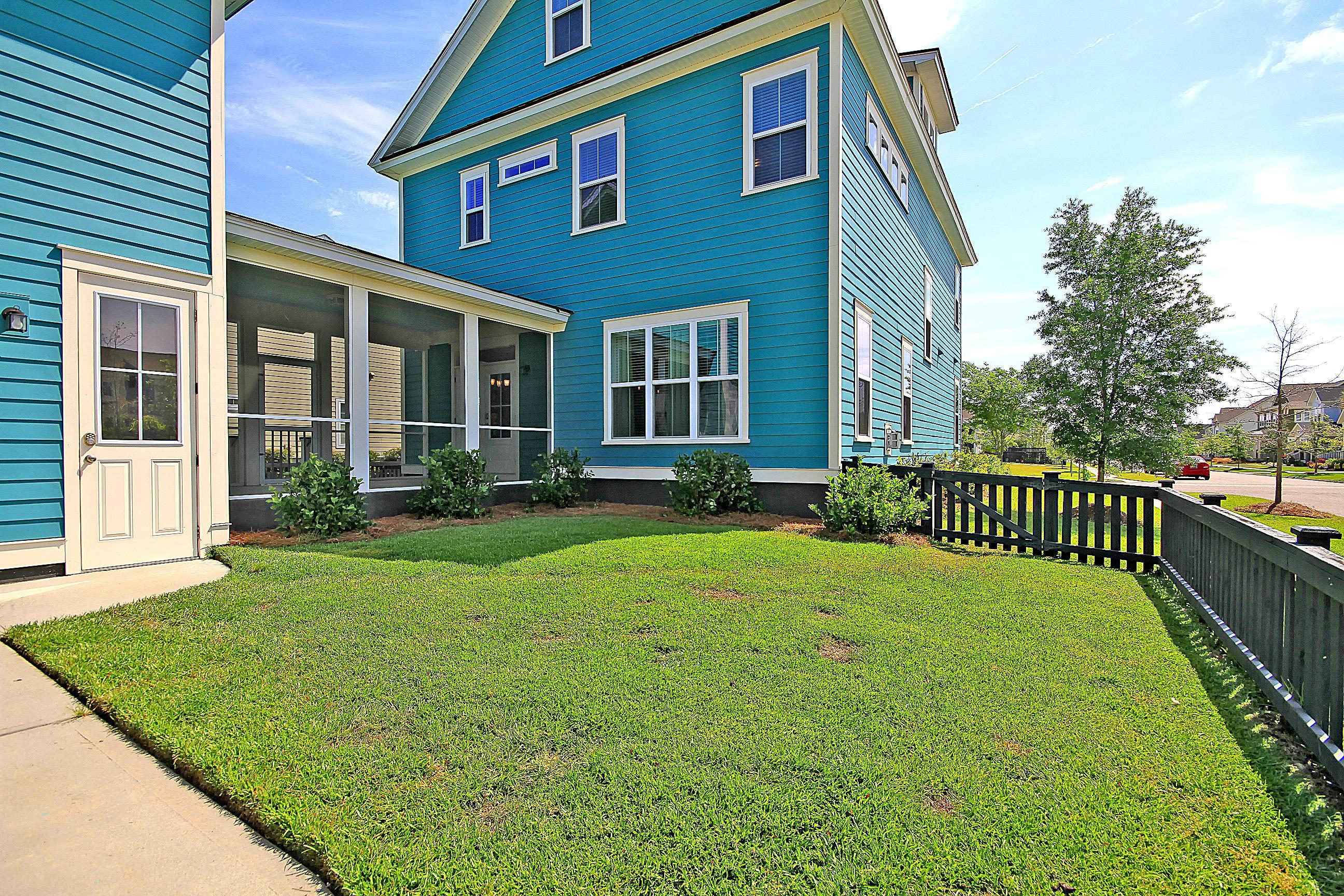 Carnes Crossroads Homes For Sale - 827 Buckler, Summerville, SC - 5
