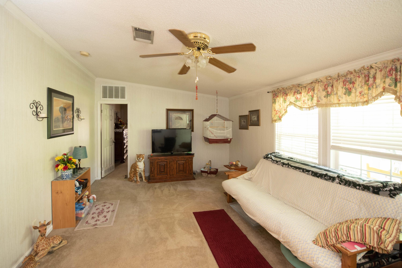 Sandy Oaks Homes For Sale - 170 Sandy Oaks, Cross, SC - 9