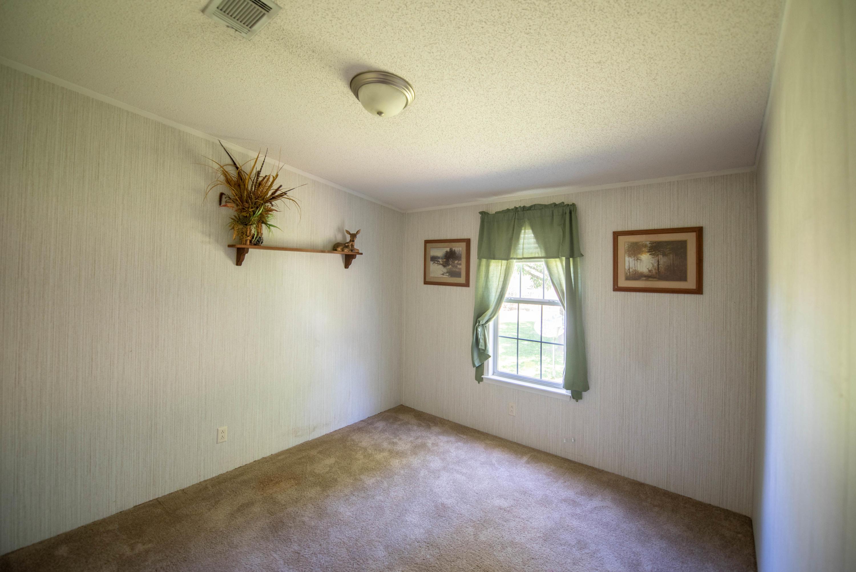 Sandy Oaks Homes For Sale - 170 Sandy Oaks, Cross, SC - 2