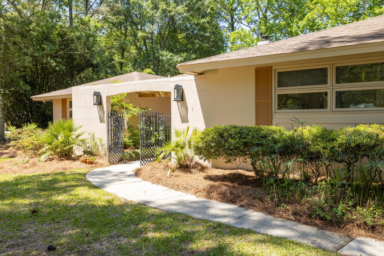 Snee Farm Homes For Sale - 815 Farm Quarter, Mount Pleasant, SC - 10