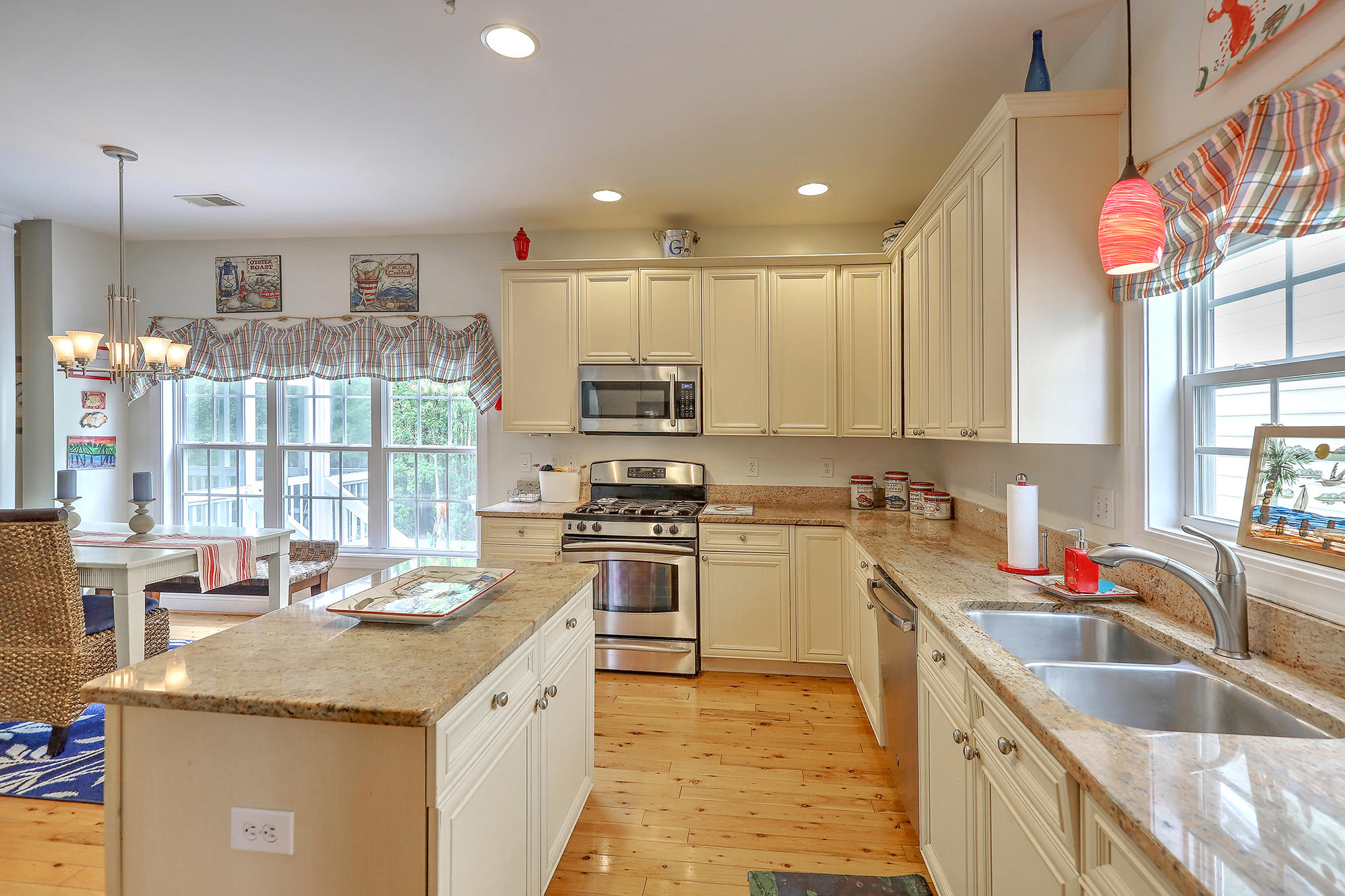 Rivertowne On The Wando Homes For Sale - 2182 Sandy Point Lane, Mount Pleasant, SC - 2