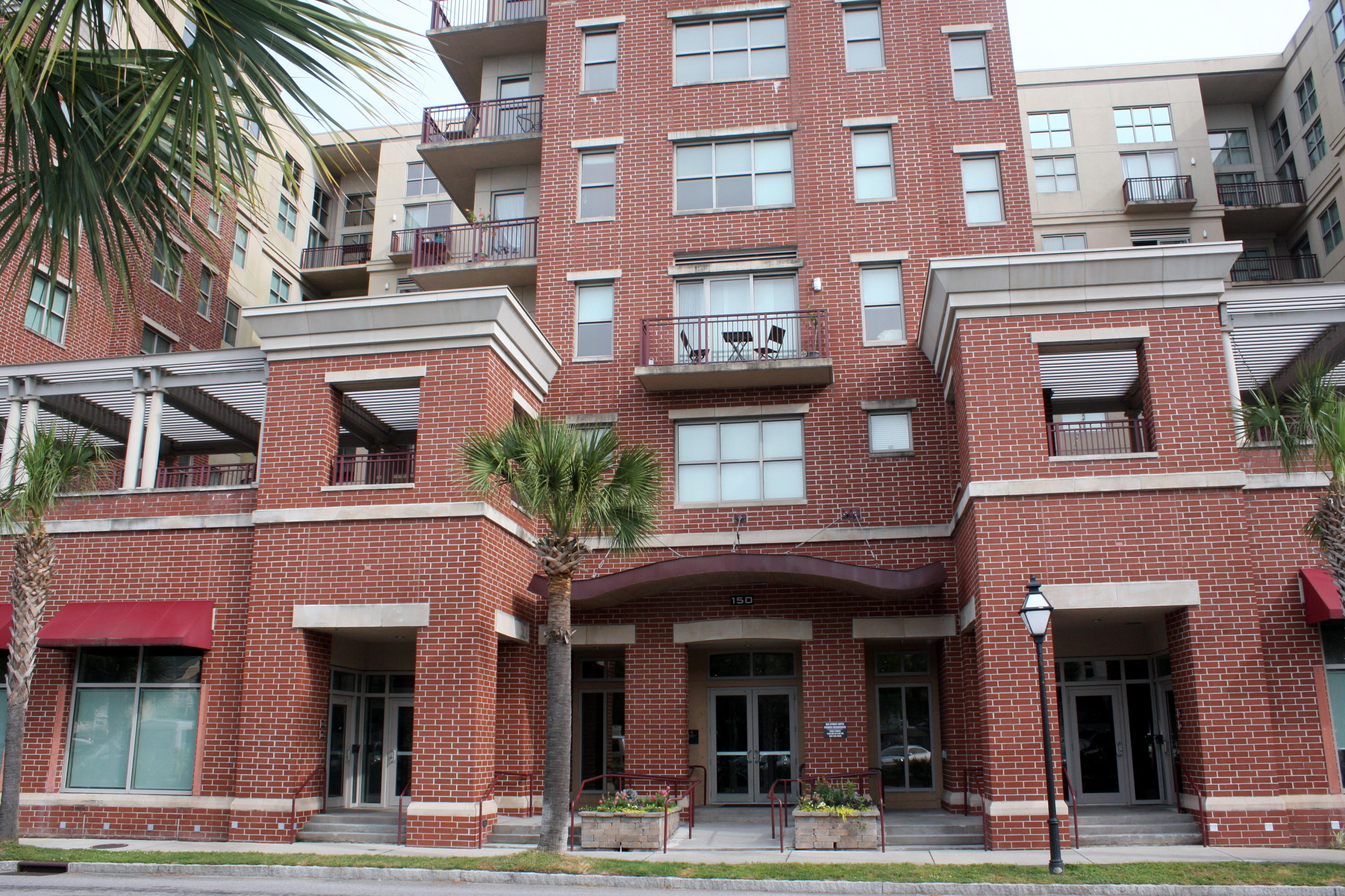 Bee Street Lofts Homes For Sale - 150 Bee, Charleston, SC - 7