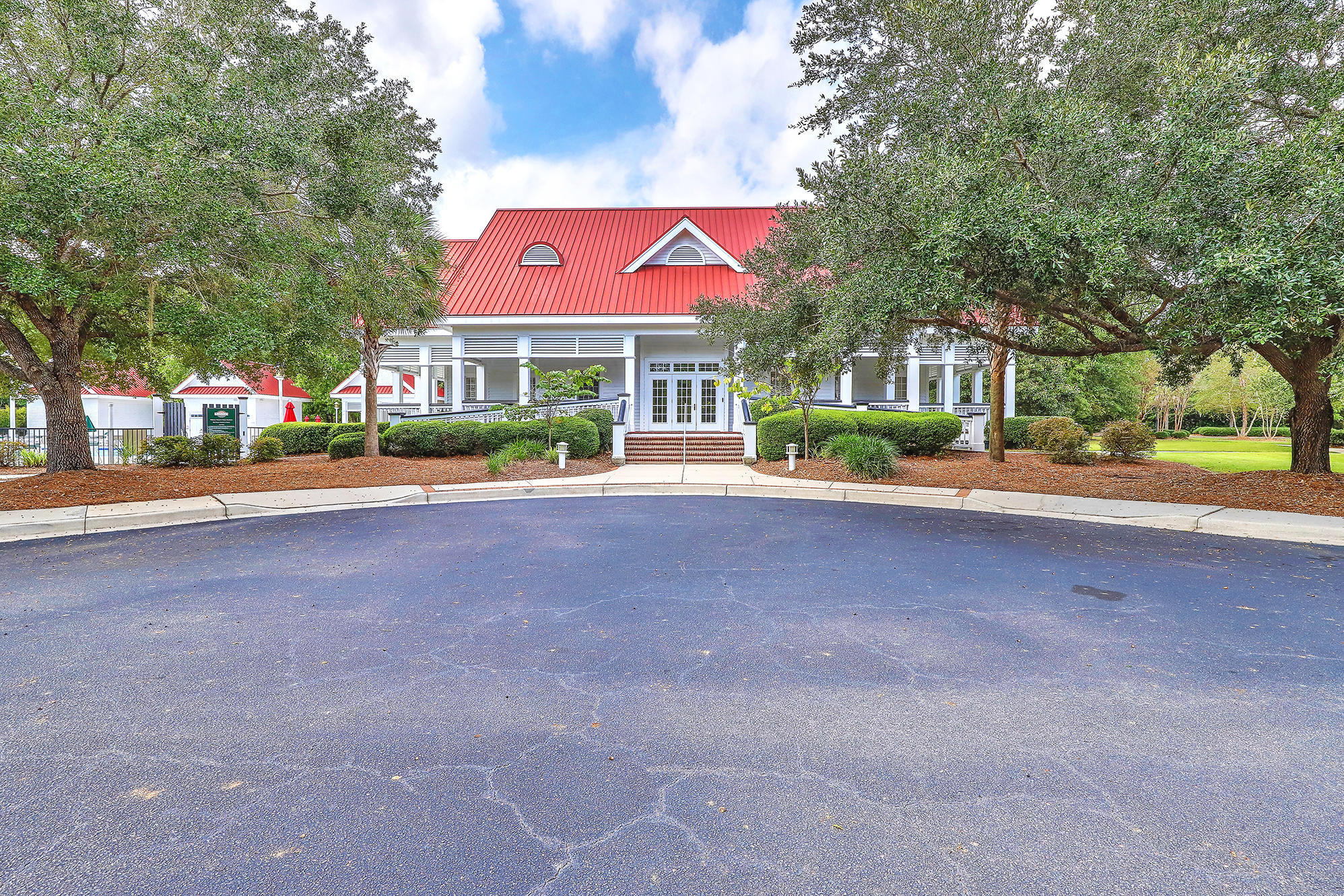 Planters Pointe Homes For Sale - 2536 Woodstream, Mount Pleasant, SC - 39