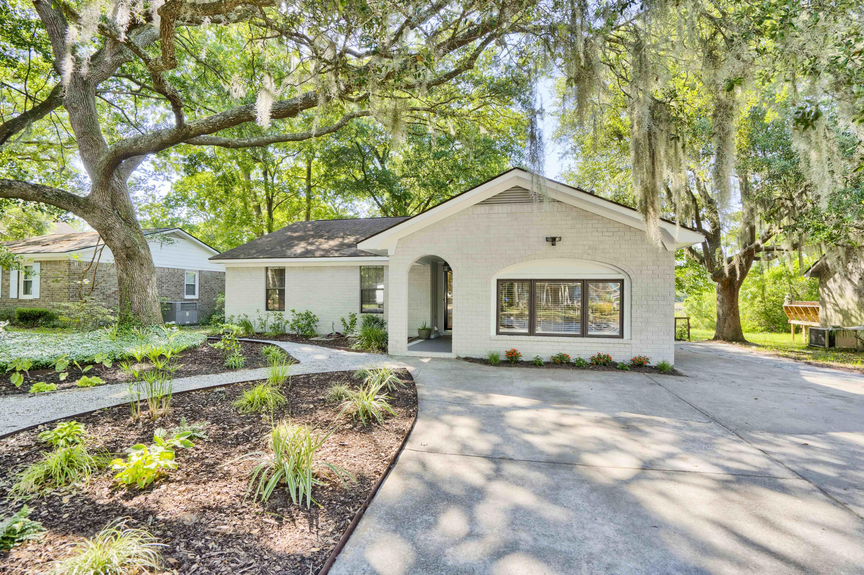 Hickory Shadows Homes For Sale - 1086 N Shadow, Mount Pleasant, SC - 4