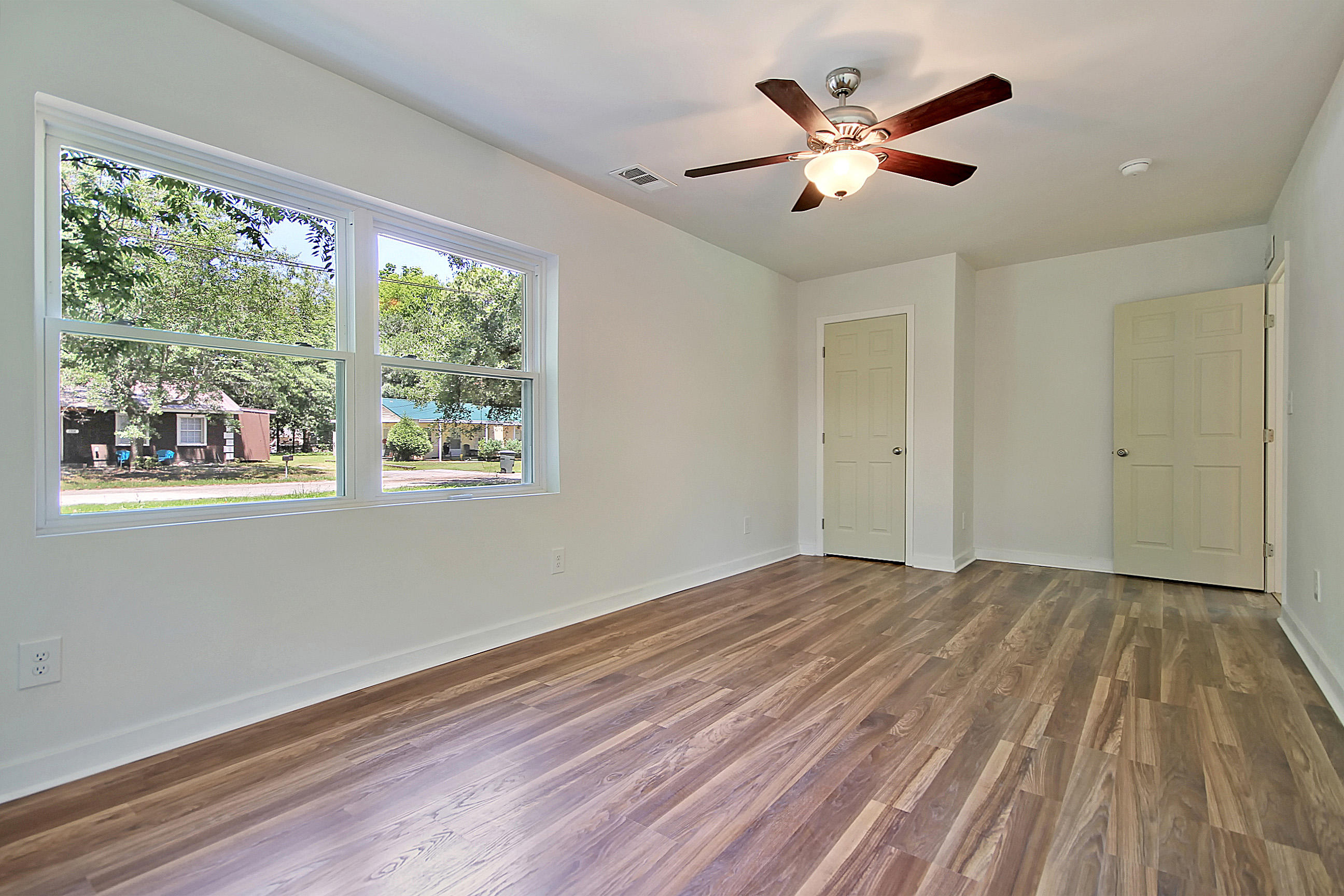 Yeamans Park Homes For Sale - 1207 Jones, Hanahan, SC - 18