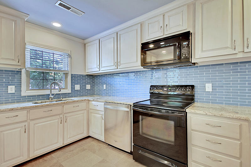 Old Mt Pleasant Homes For Sale - 1489 Kinloch, Mount Pleasant, SC - 15
