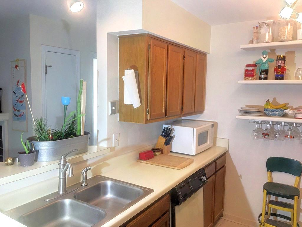 Hibben Ferry Homes For Sale - 1054 Anna Knapp Blvd., Mount Pleasant, SC - 11