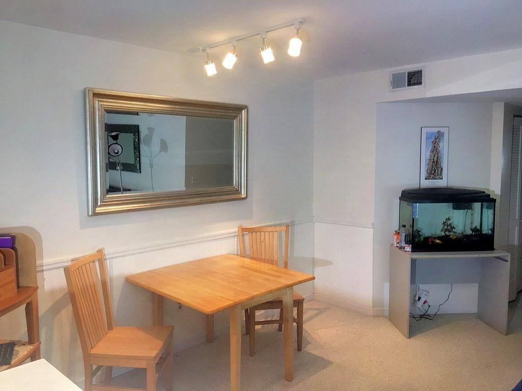 Hibben Ferry Homes For Sale - 1054 Anna Knapp Blvd., Mount Pleasant, SC - 5