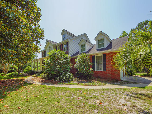 Gadsden Manor Homes For Sale - 107 Quinby, Summerville, SC - 3