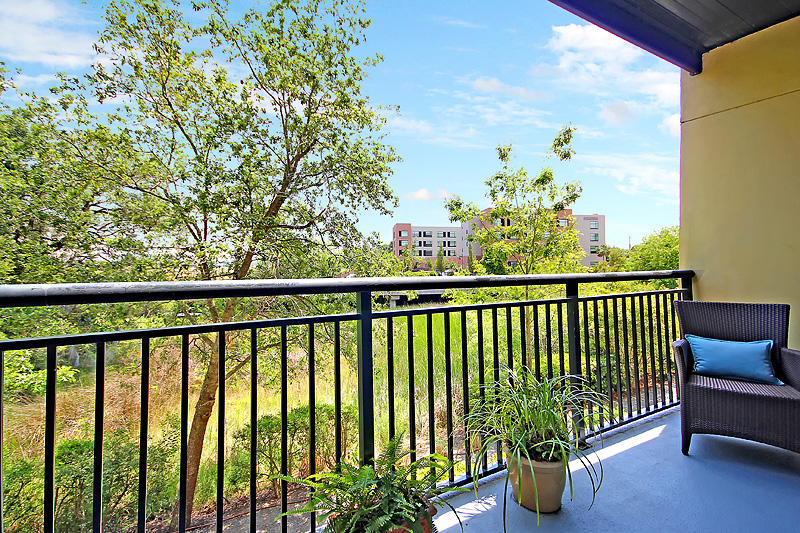 Locountry.com - MLS Number: 19016002