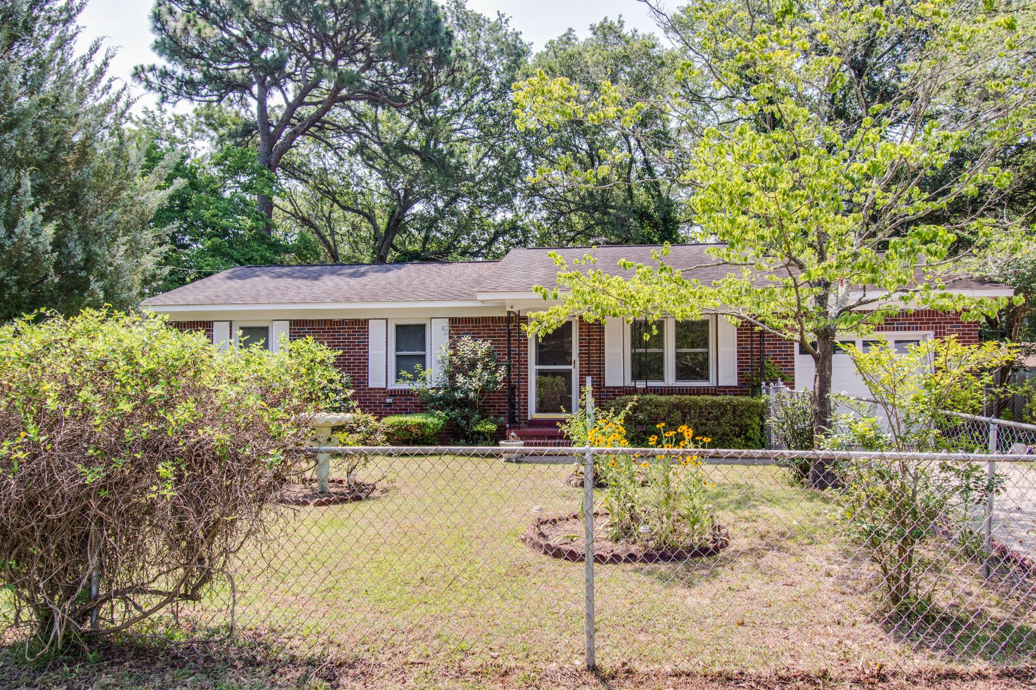 Old Mt Pleasant Homes For Sale - 1327 Lonnie, Mount Pleasant, SC - 3