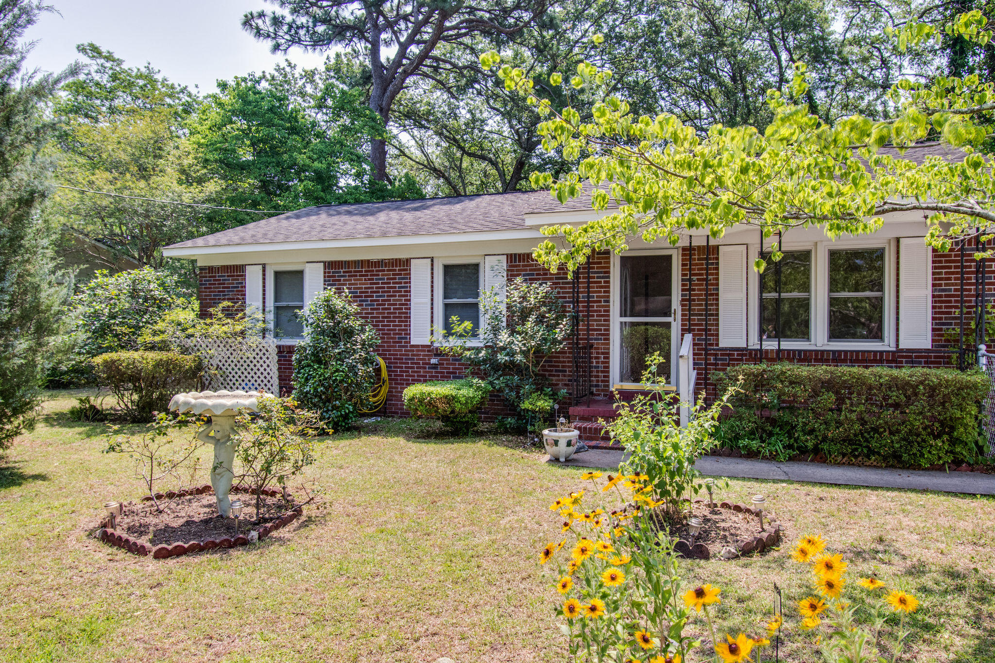 Old Mt Pleasant Homes For Sale - 1327 Lonnie, Mount Pleasant, SC - 1