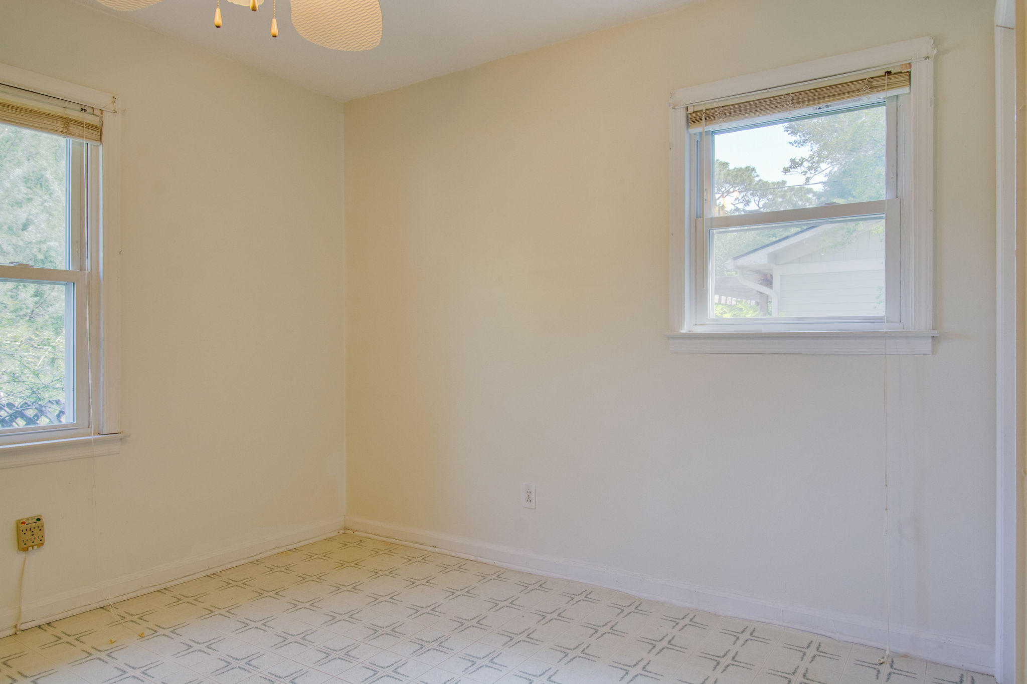 Old Mt Pleasant Homes For Sale - 1327 Lonnie, Mount Pleasant, SC - 21