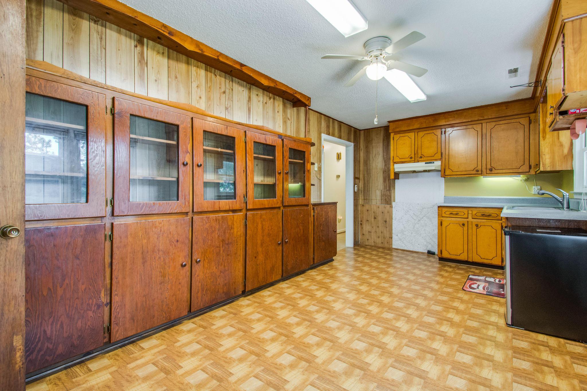 Old Mt Pleasant Homes For Sale - 1327 Lonnie, Mount Pleasant, SC - 15