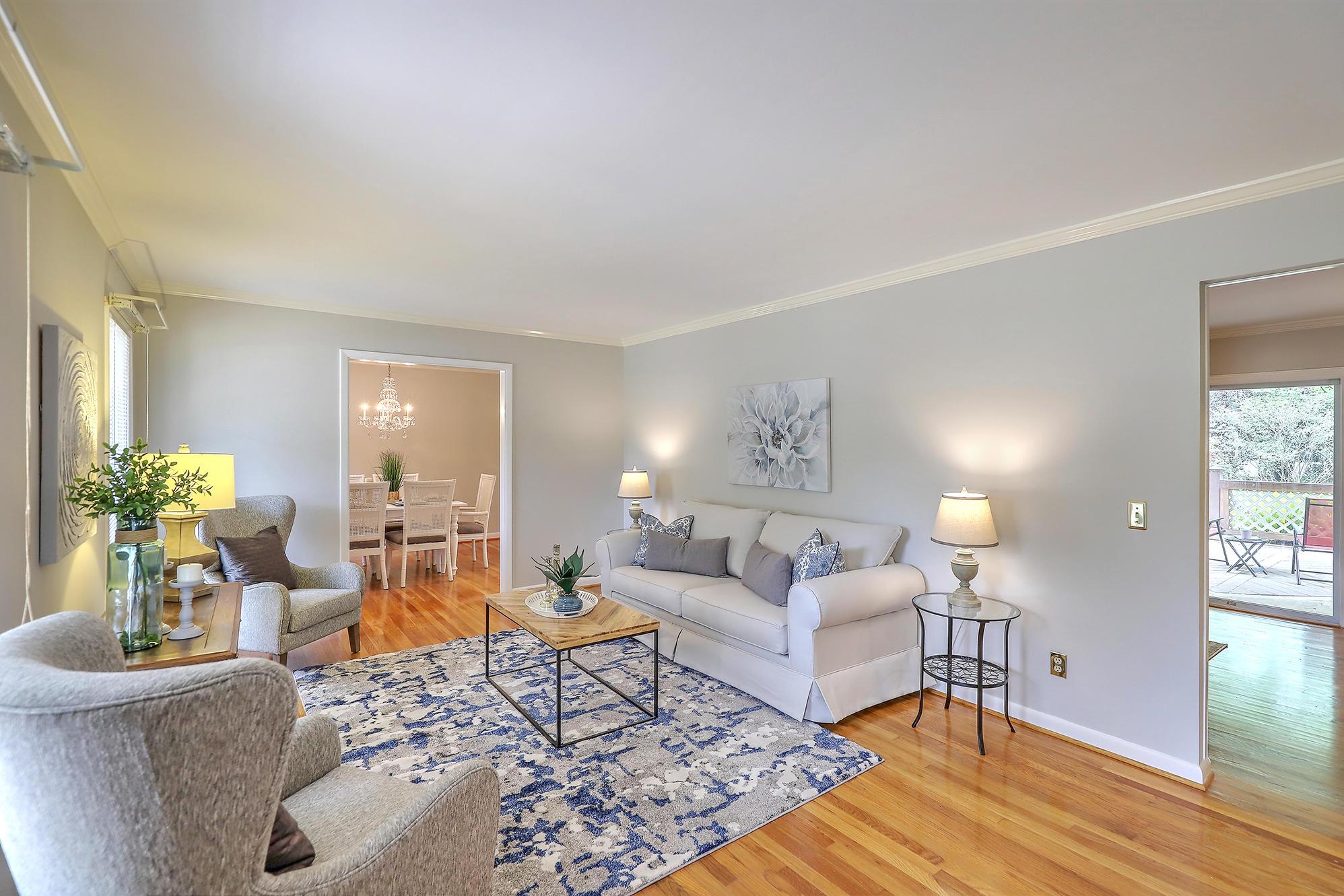 Charlestowne Estates III Homes For Sale - 1313 Coleridge, Charleston, SC - 2