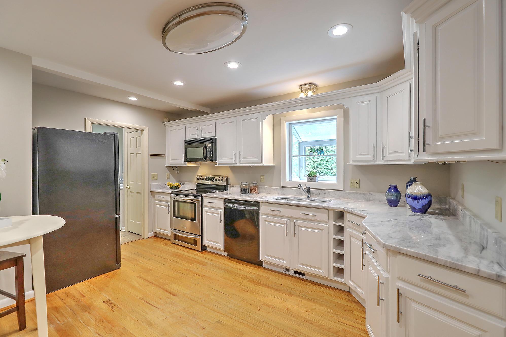Charlestowne Estates III Homes For Sale - 1313 Coleridge, Charleston, SC - 1