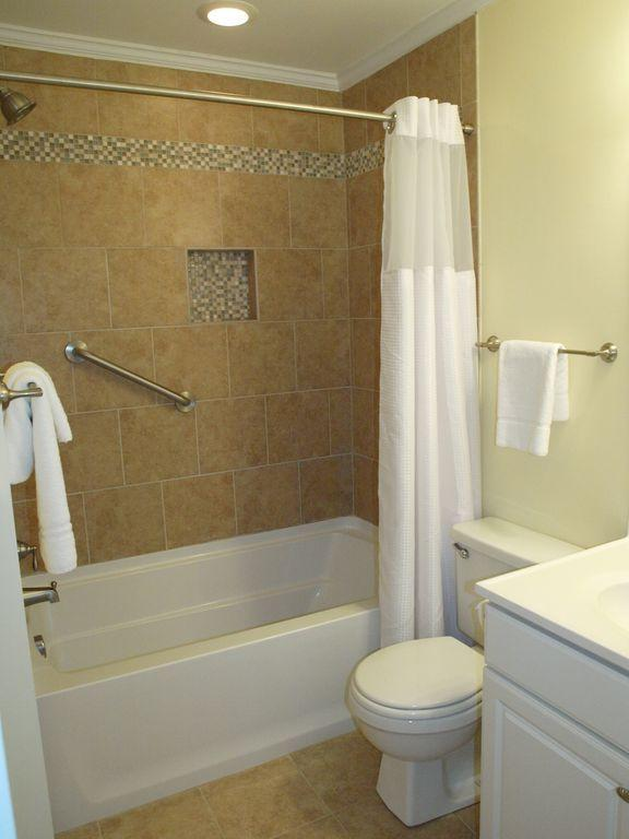 Sea Cabin On The Ocean Homes For Sale - 1300 Ocean, Isle of Palms, SC - 7