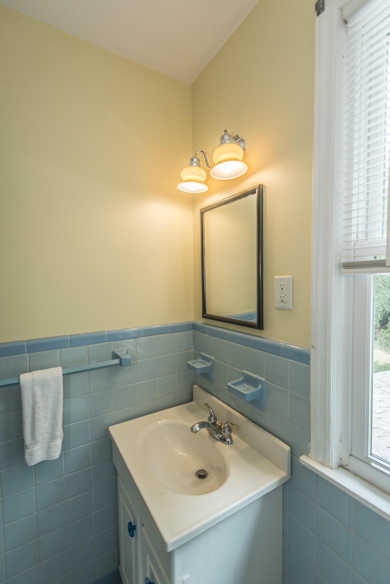 Ask Frank Real Estate Services - MLS Number: 19017331