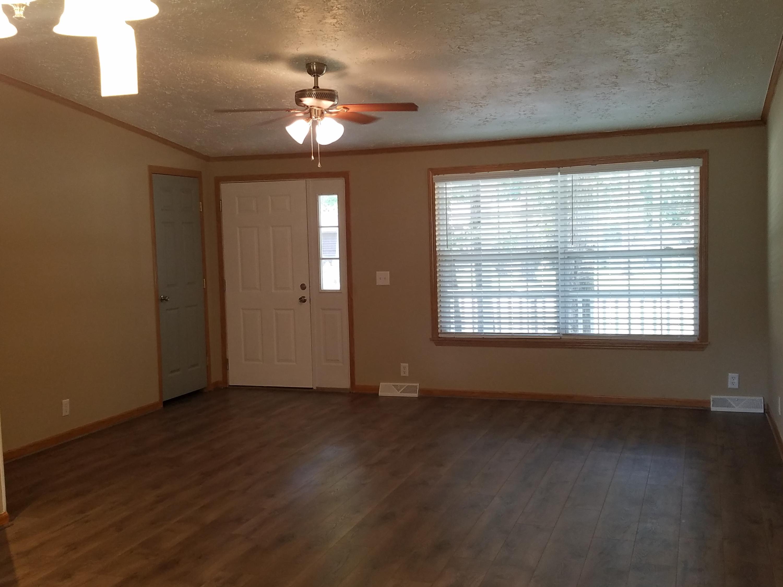 Summerville Country Estates Homes For Sale - 408 Vine, Summerville, SC - 19