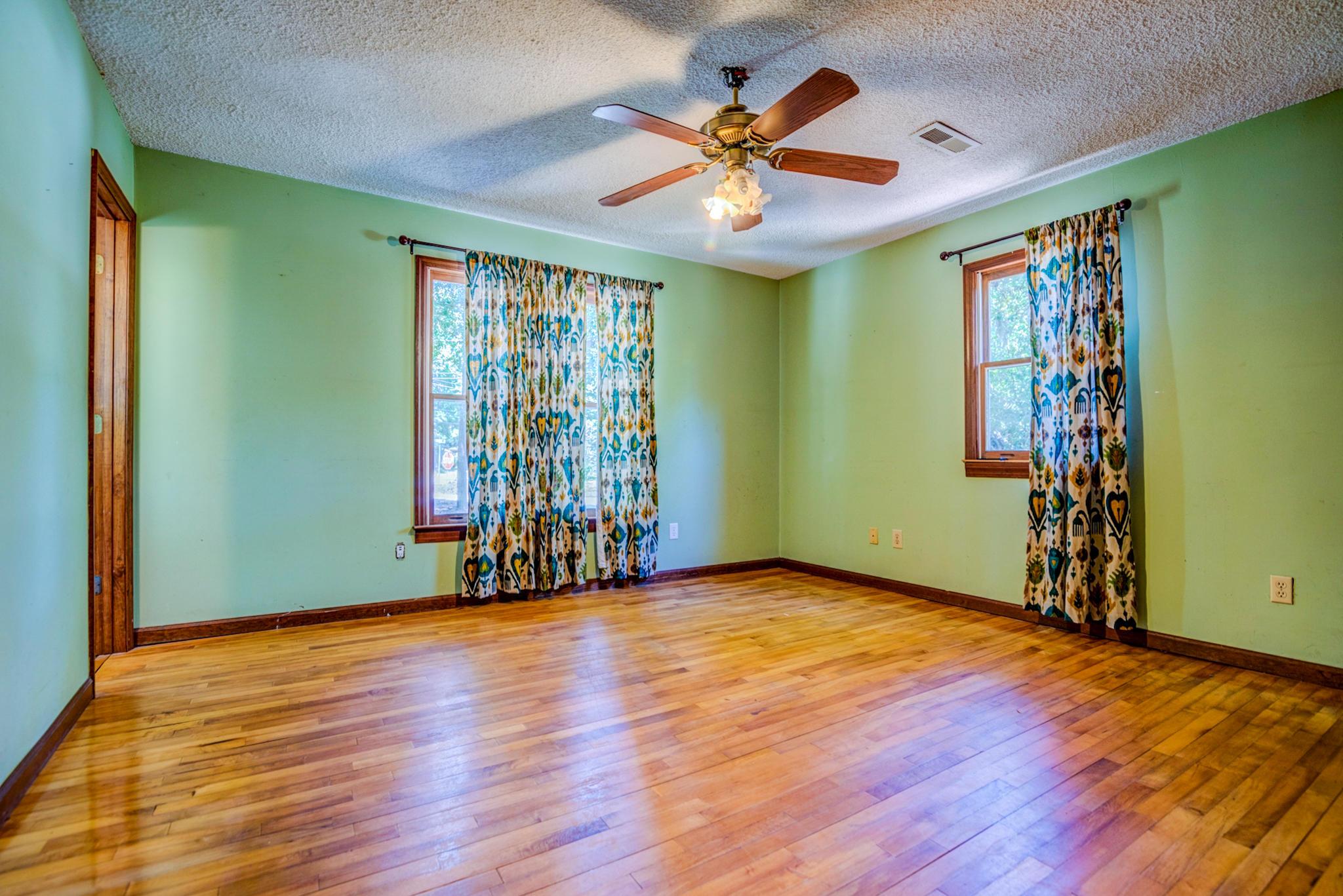 Fort Johnson Estates Homes For Sale - 800 Trapier, Charleston, SC - 10