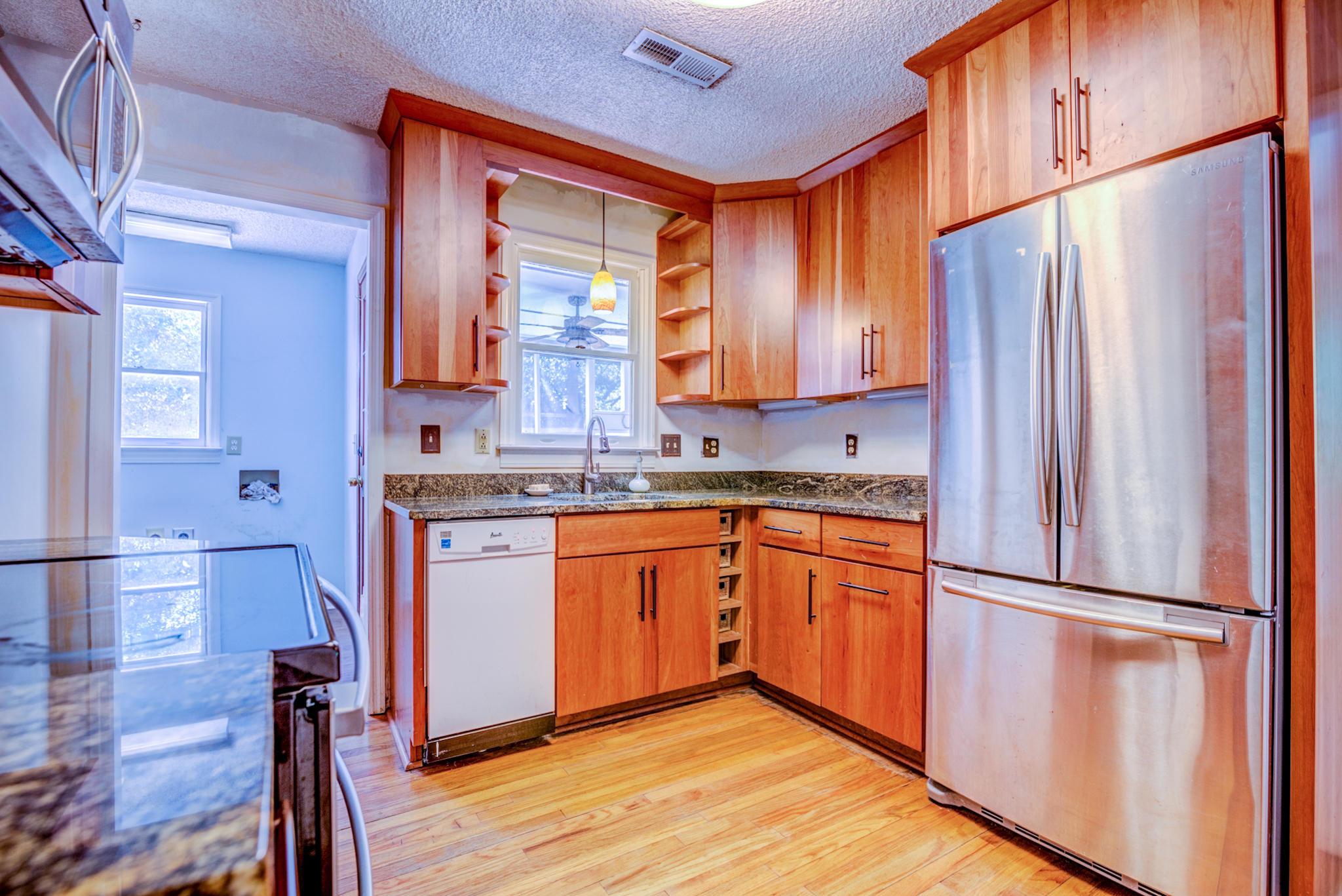 Fort Johnson Estates Homes For Sale - 800 Trapier, Charleston, SC - 15