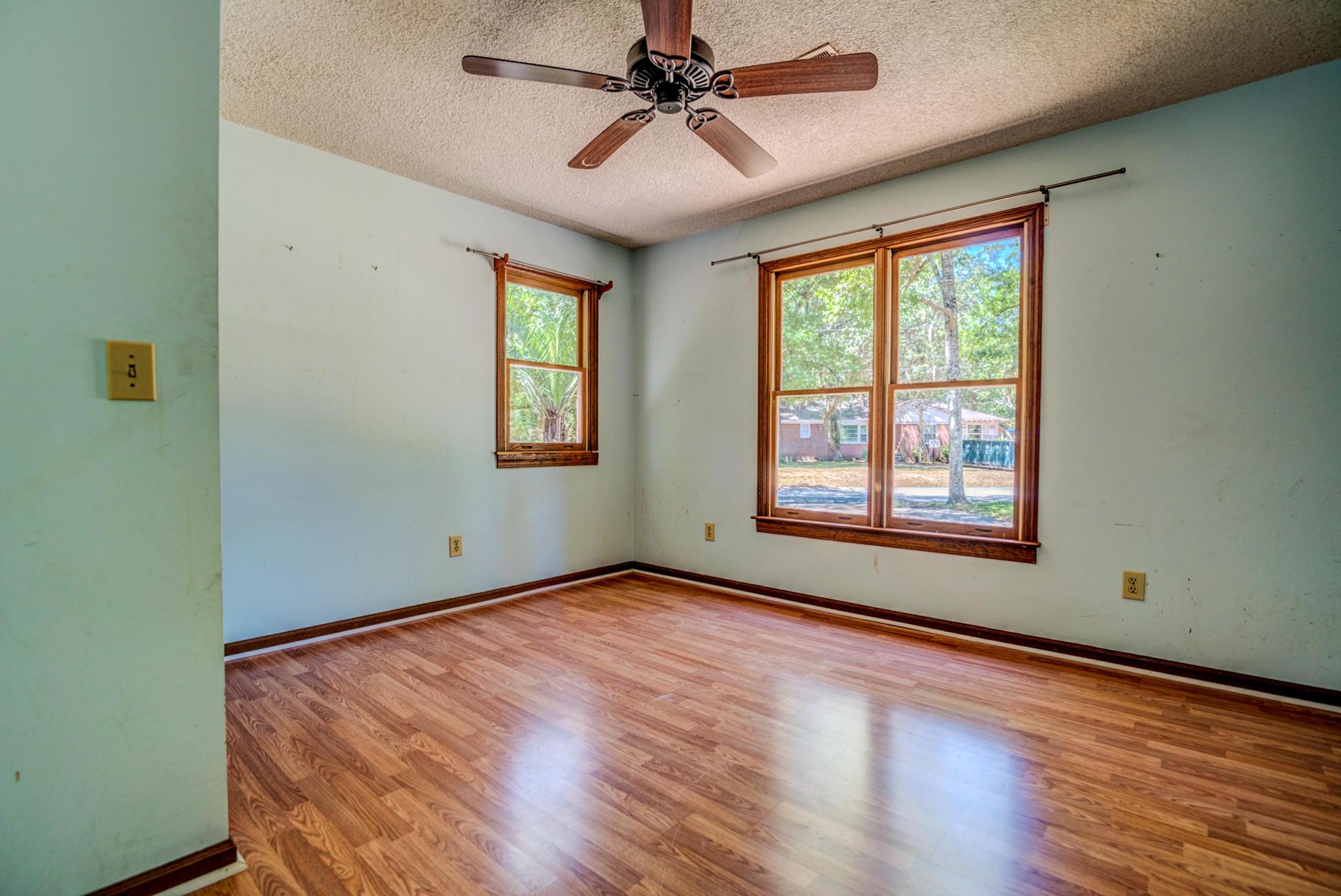 Fort Johnson Estates Homes For Sale - 800 Trapier, Charleston, SC - 6