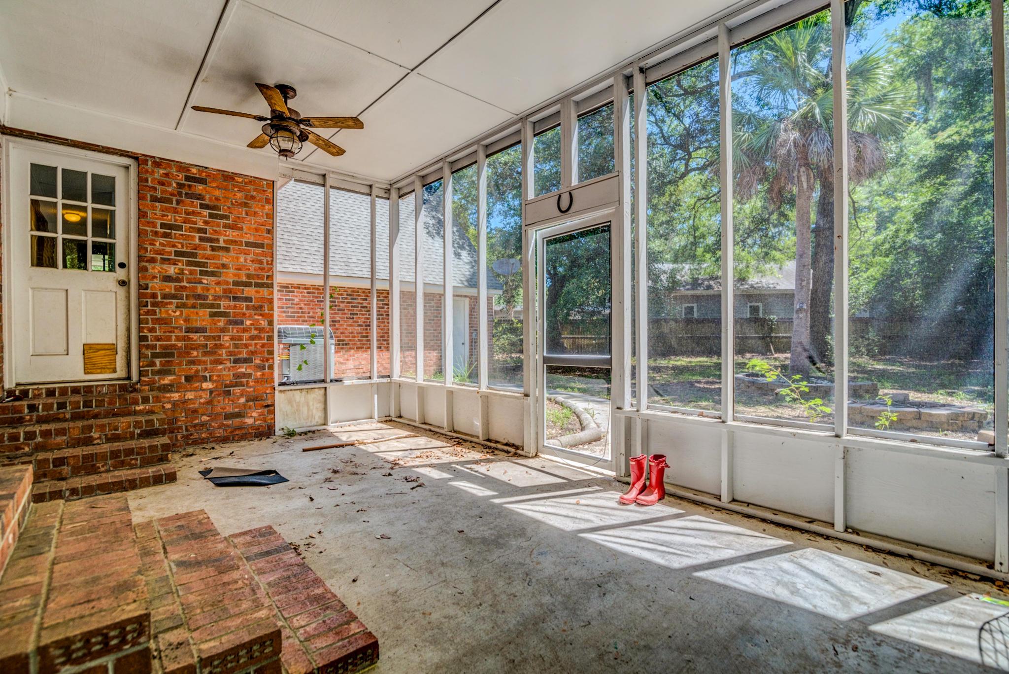 Fort Johnson Estates Homes For Sale - 800 Trapier, Charleston, SC - 5