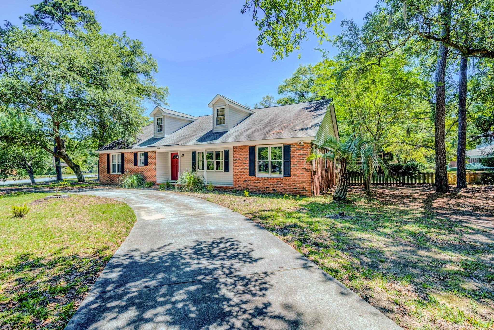 Fort Johnson Estates Homes For Sale - 800 Trapier, Charleston, SC - 20