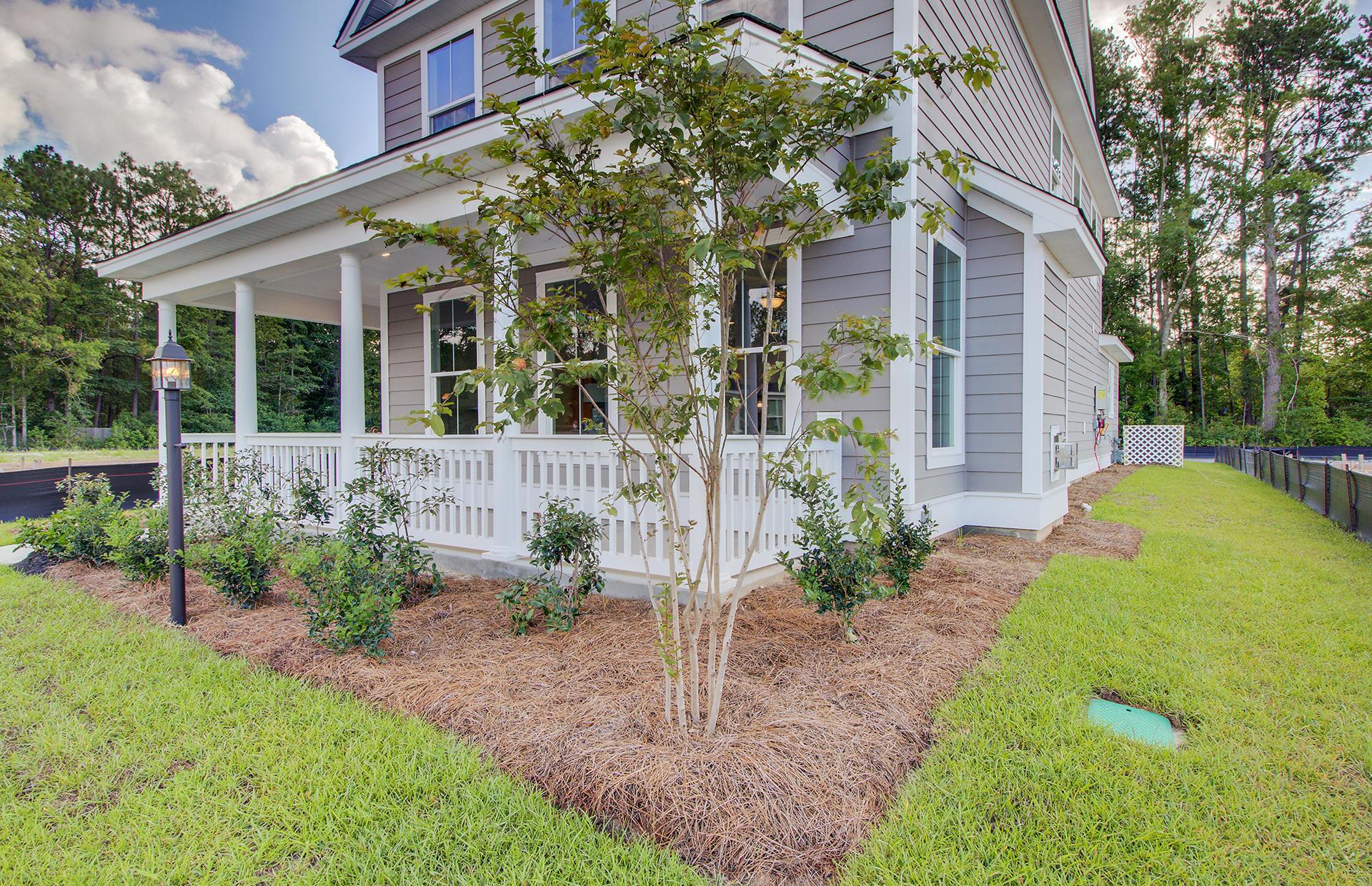 White Gables Homes For Sale - 207 Angelica, Summerville, SC - 46
