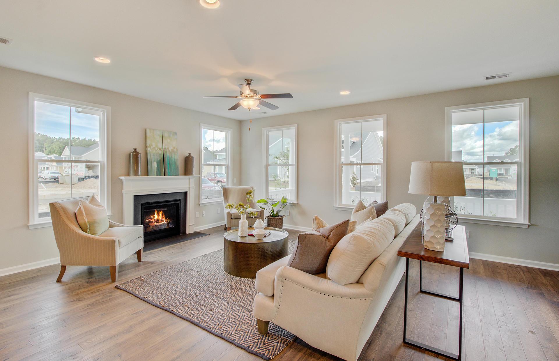 White Gables Homes For Sale - 207 Angelica, Summerville, SC - 44