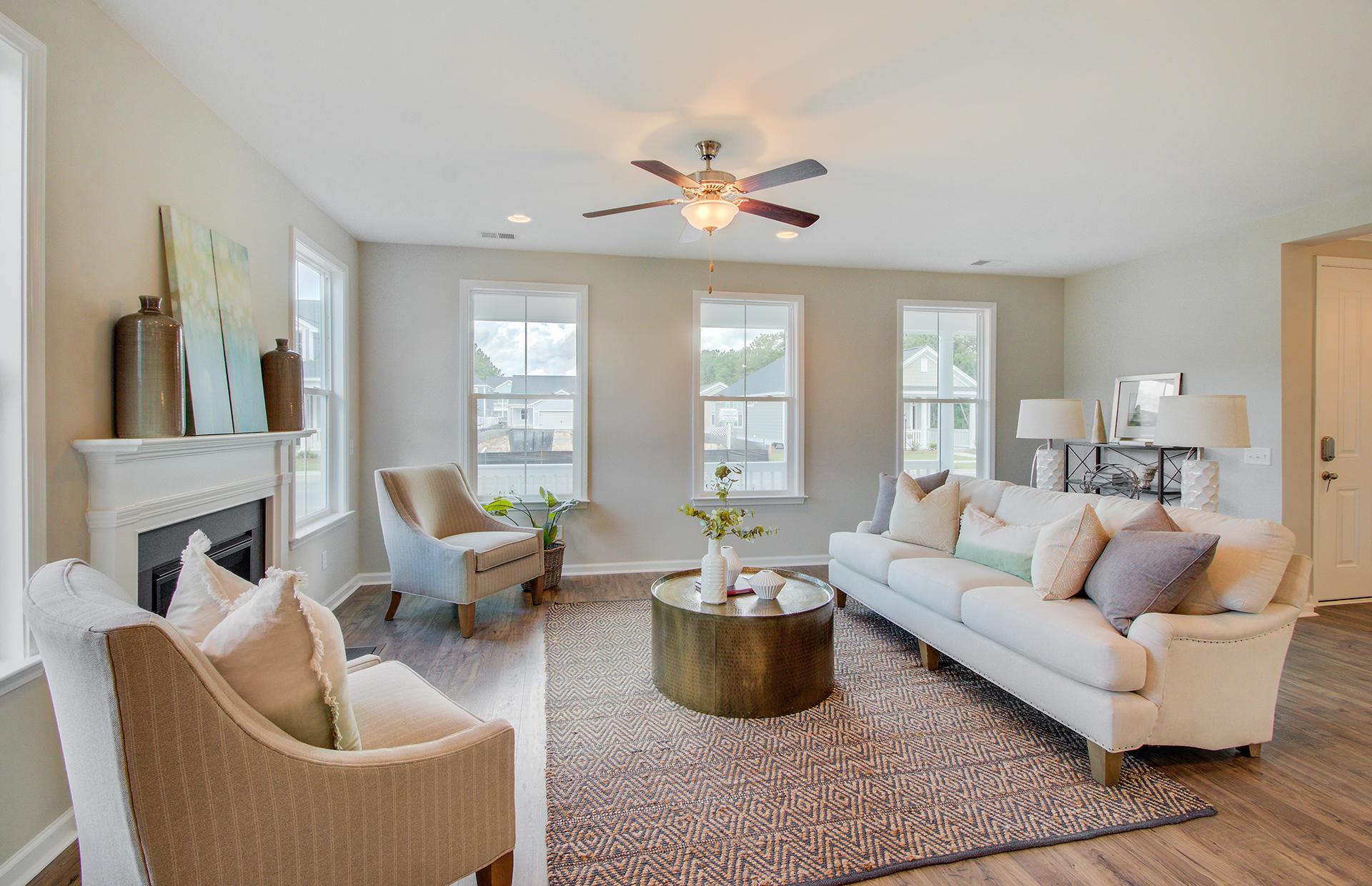 White Gables Homes For Sale - 207 Angelica, Summerville, SC - 42