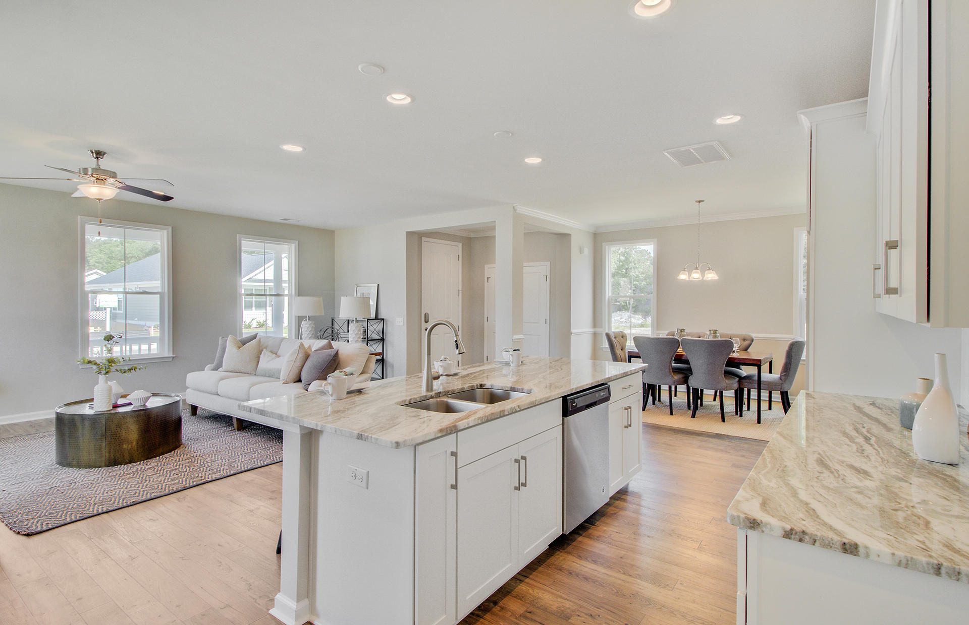 White Gables Homes For Sale - 207 Angelica, Summerville, SC - 37