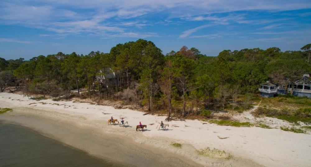 Photo of 101 Tom and Mike Rd, St Helena Island, SC 29920