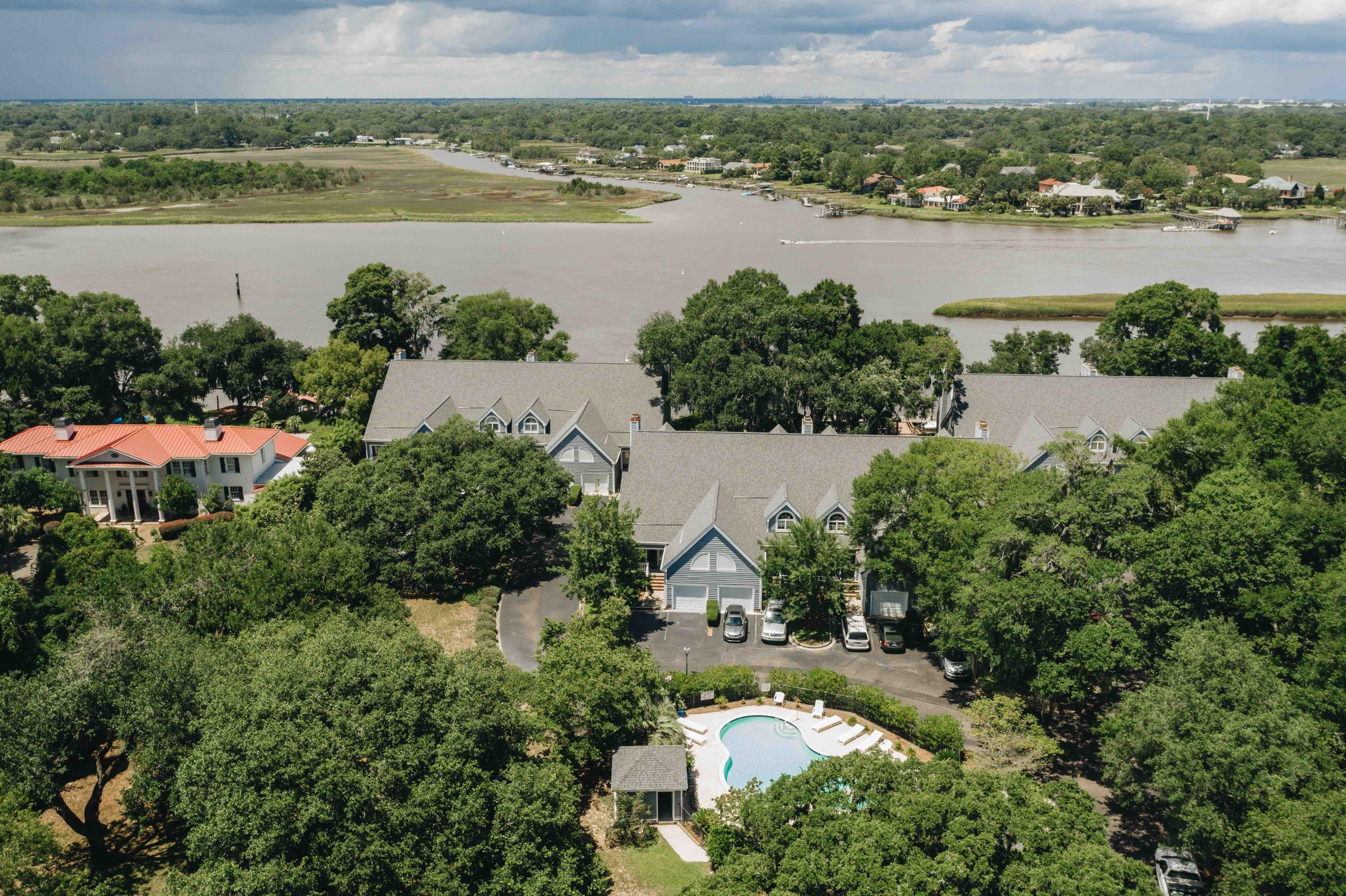 Waterfront Plantation Homes For Sale - 107 Waterfront Plantation, Charleston, SC - 14