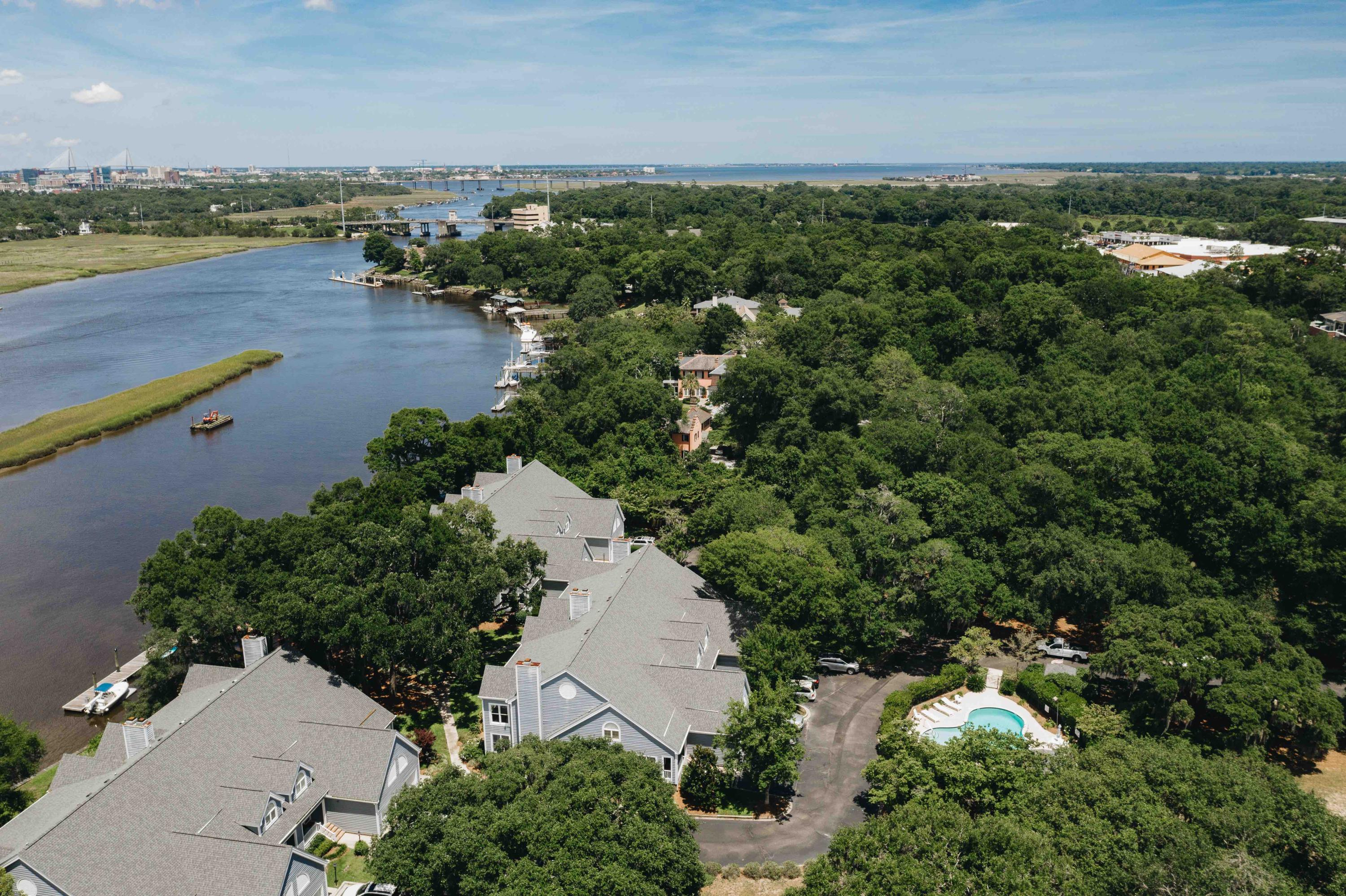 Waterfront Plantation Homes For Sale - 107 Waterfront Plantation, Charleston, SC - 13