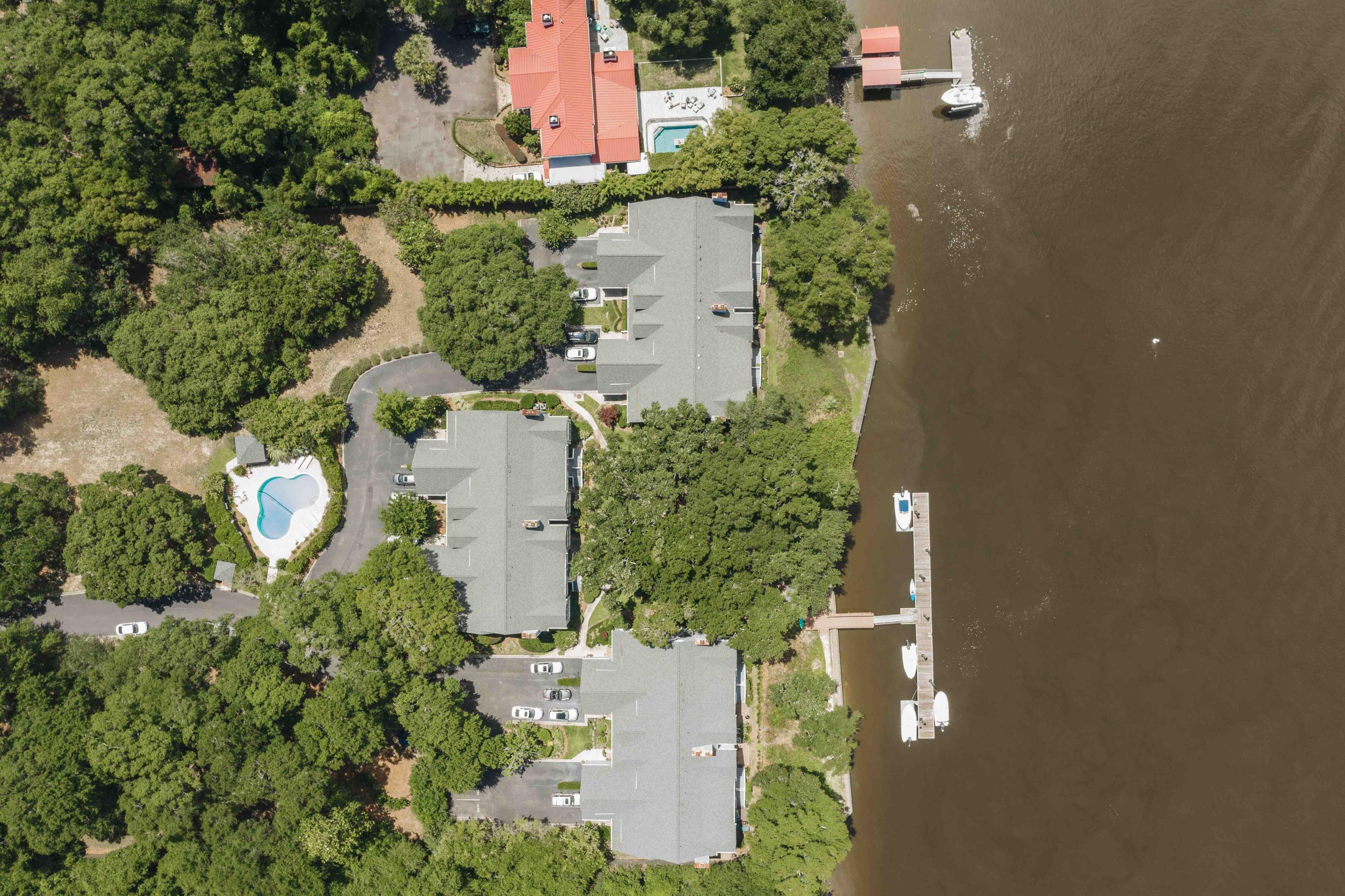 Waterfront Plantation Homes For Sale - 107 Waterfront Plantation, Charleston, SC - 18