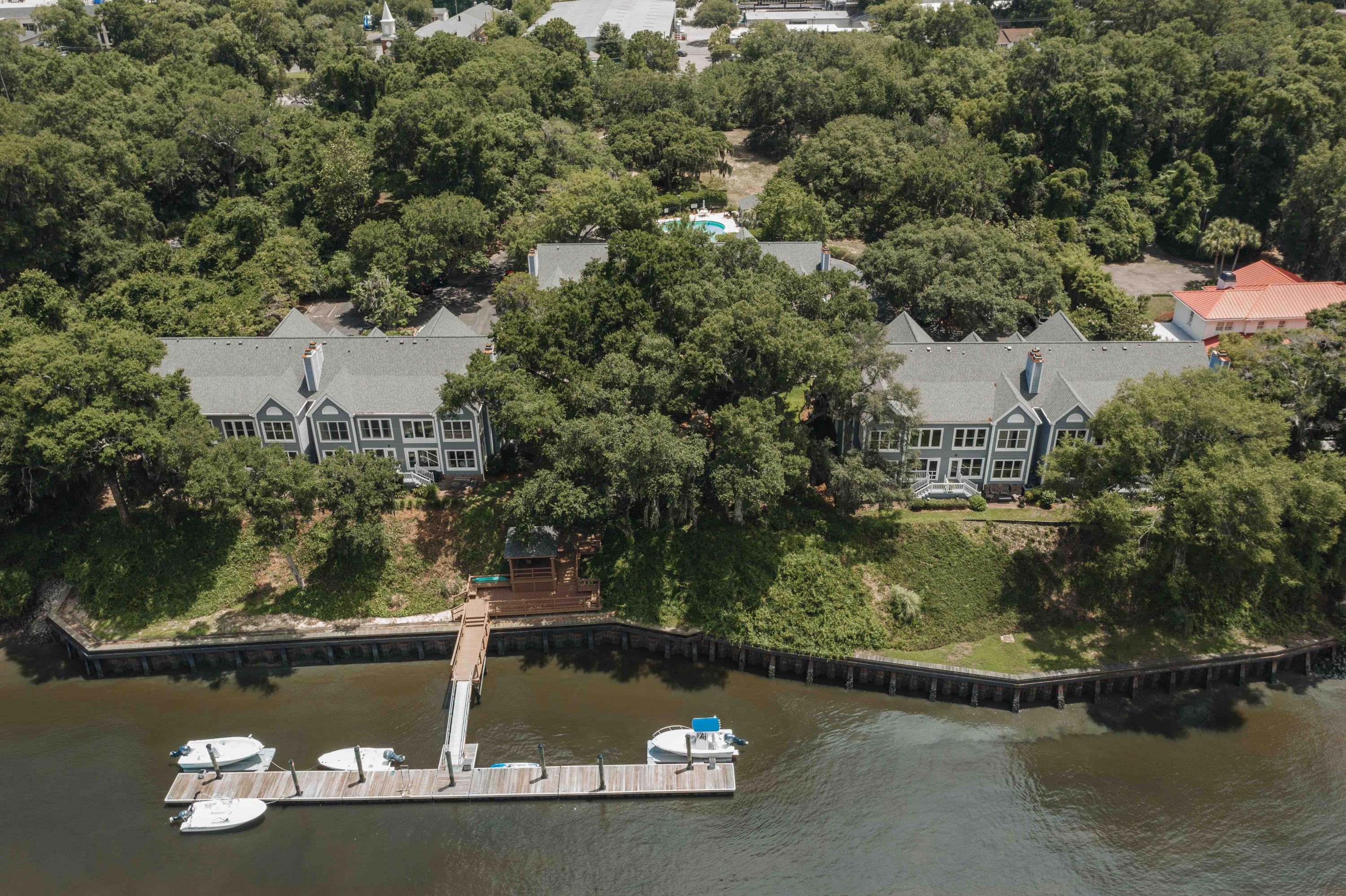 Waterfront Plantation Homes For Sale - 107 Waterfront Plantation, Charleston, SC - 20