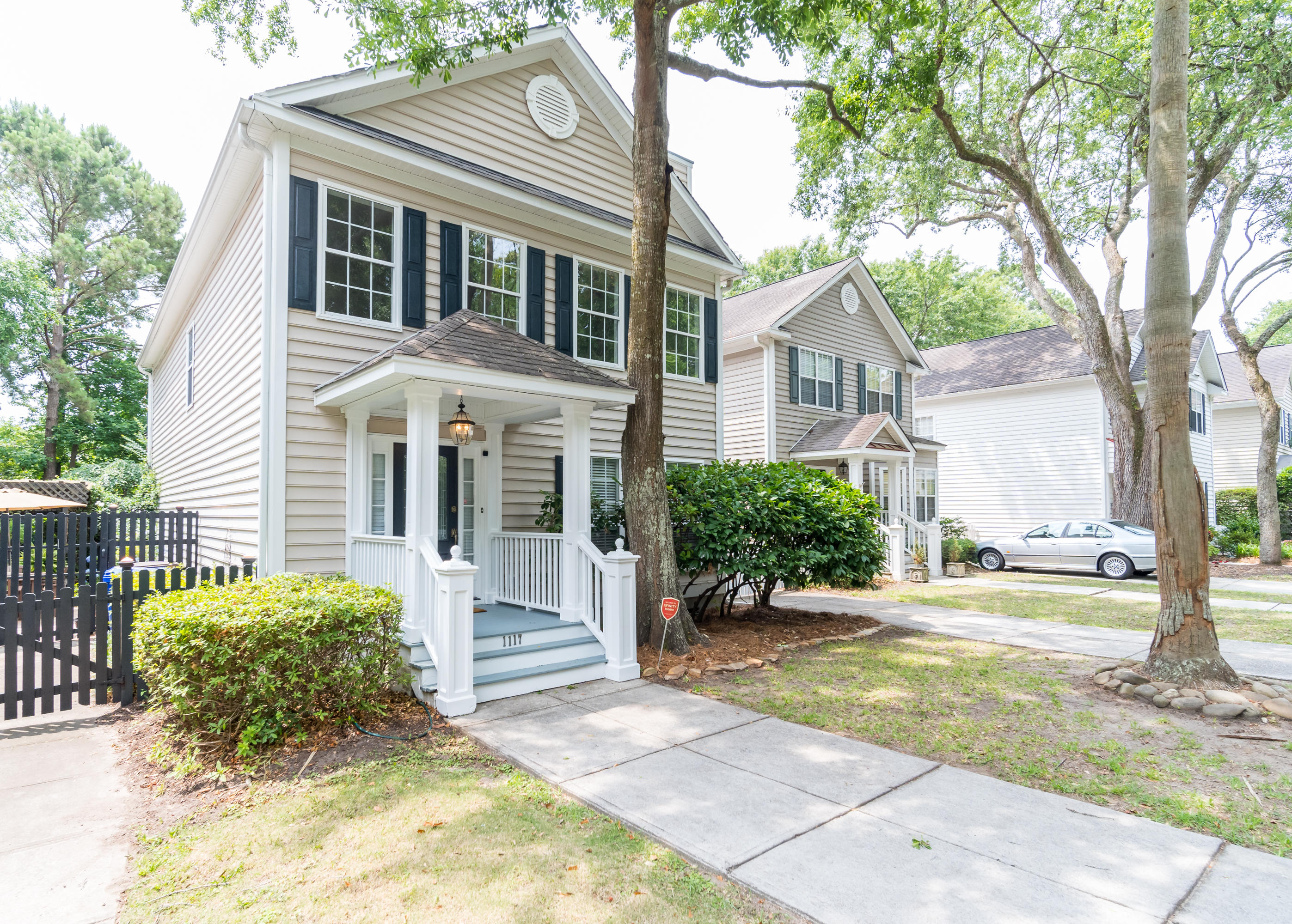 Queens Row Homes For Sale - 1117 Mathis Ferry, Mount Pleasant, SC - 8