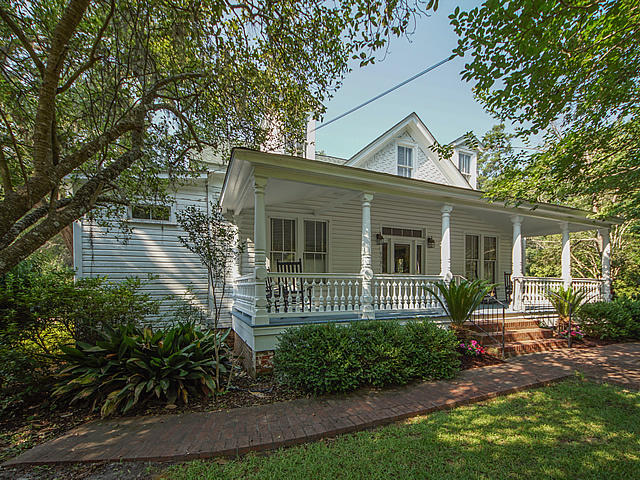 Historic District Homes For Sale - 518 2nd South, Summerville, SC - 18