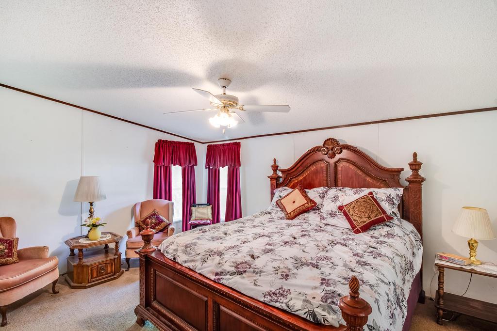 Pinehill Acres Homes For Sale - 205 Cady, Summerville, SC - 13