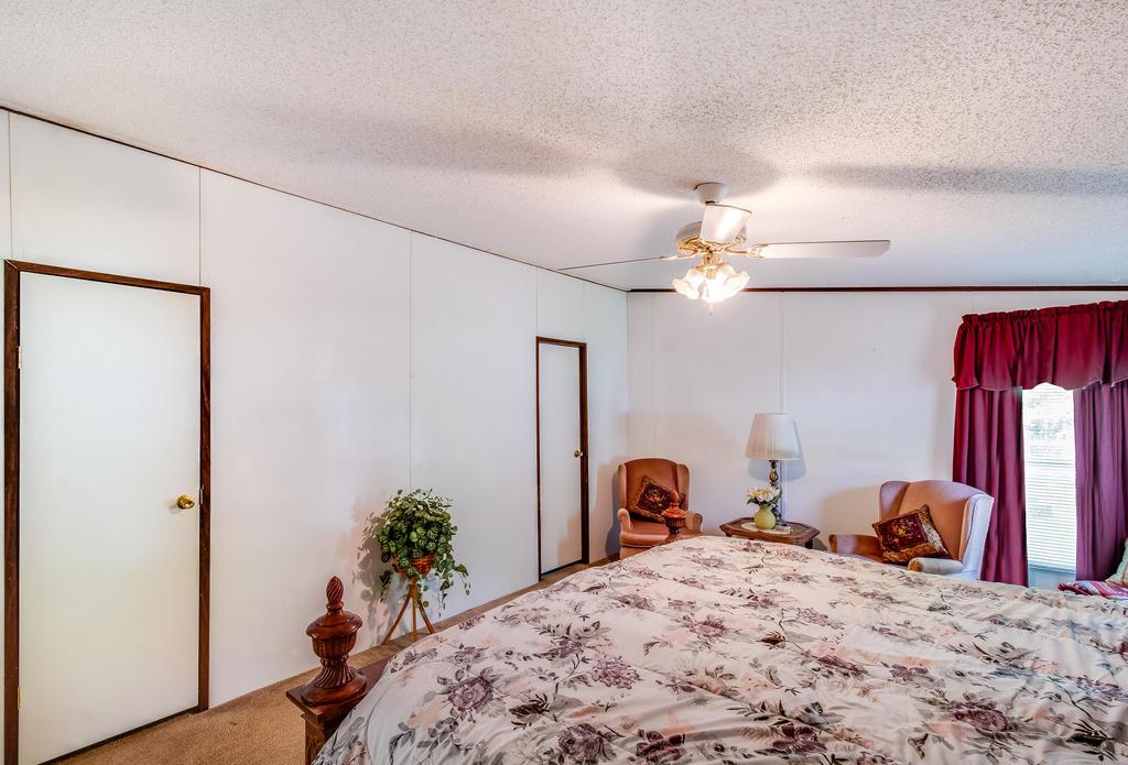 Pinehill Acres Homes For Sale - 205 Cady, Summerville, SC - 12