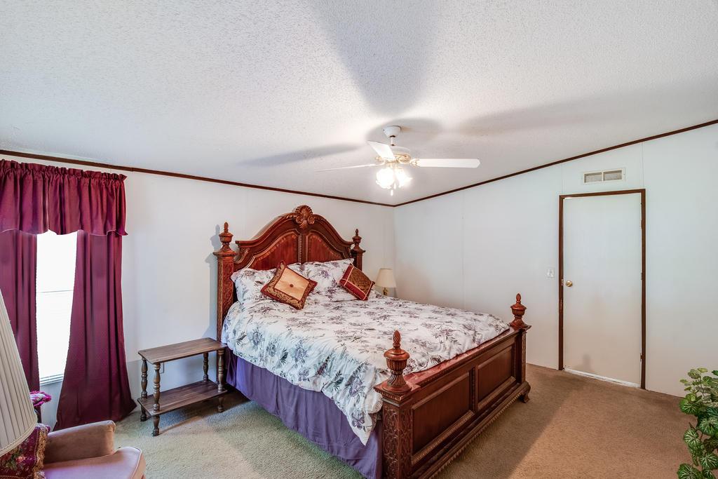 Pinehill Acres Homes For Sale - 205 Cady, Summerville, SC - 11