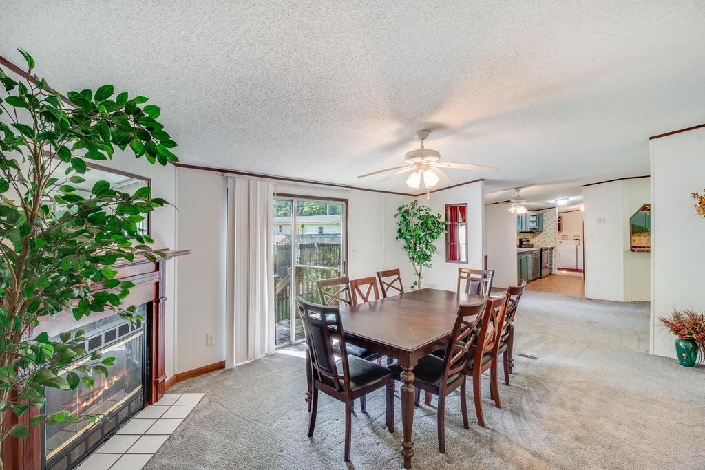 Pinehill Acres Homes For Sale - 205 Cady, Summerville, SC - 4