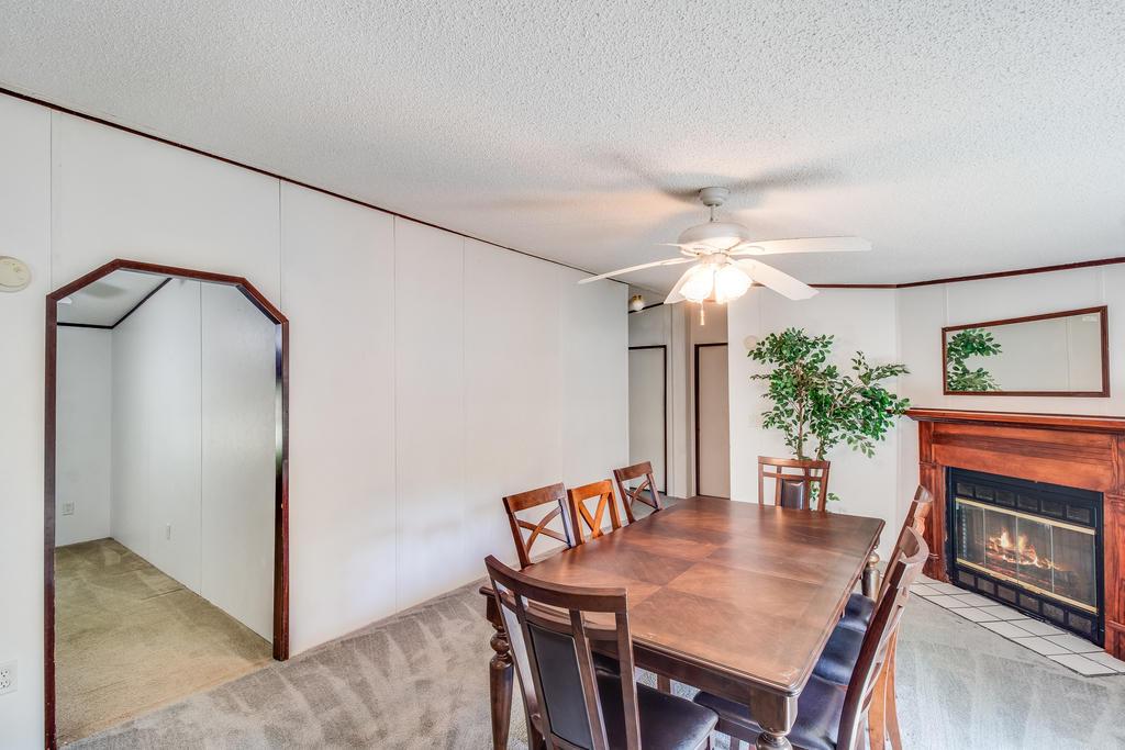 Pinehill Acres Homes For Sale - 205 Cady, Summerville, SC - 2