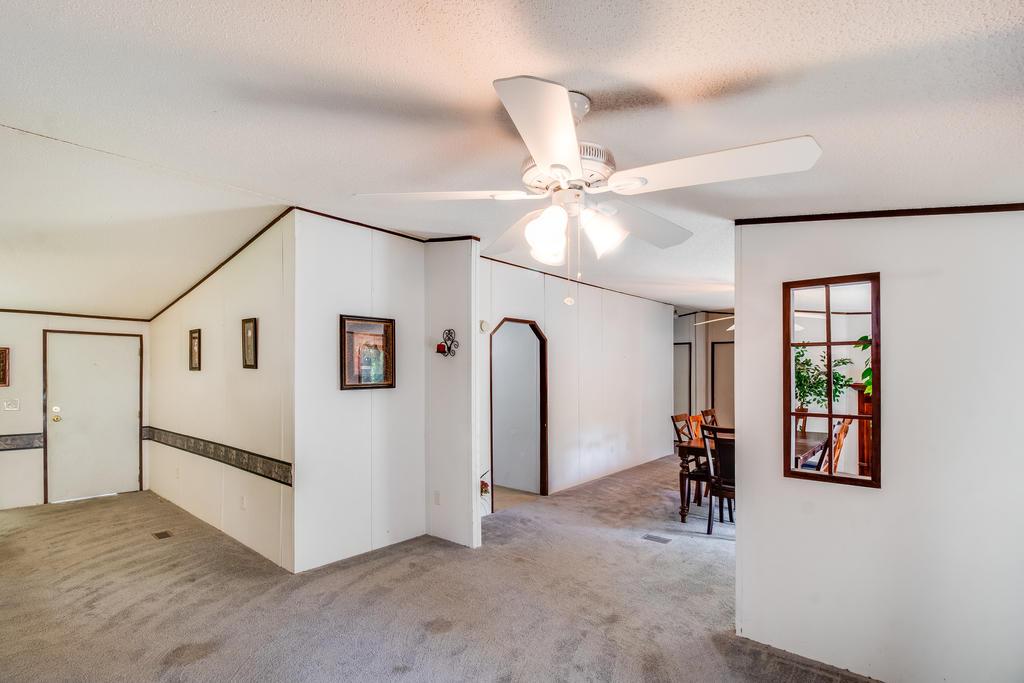 Pinehill Acres Homes For Sale - 205 Cady, Summerville, SC - 5