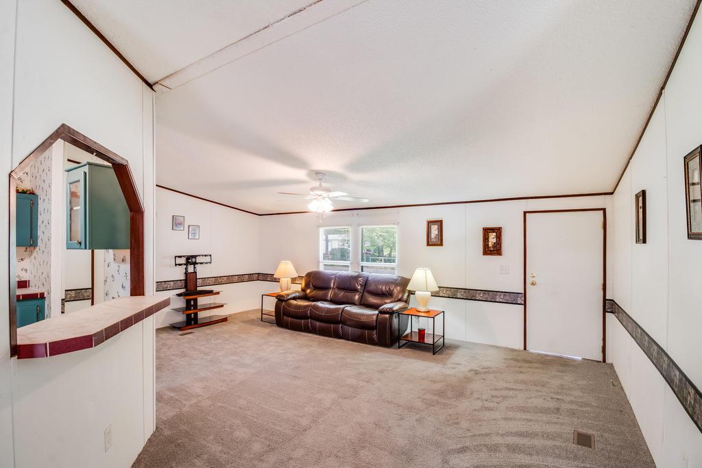 Pinehill Acres Homes For Sale - 205 Cady, Summerville, SC - 16