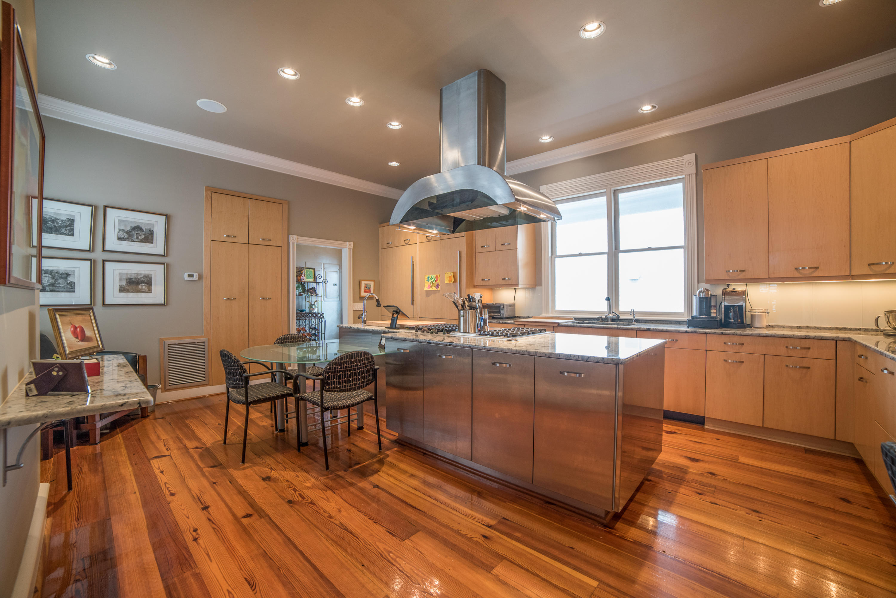 South of Broad Homes For Sale - 21 Lamboll, Charleston, SC - 41