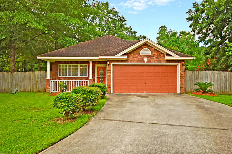 Photo of 203 Road Runner Ct, Ladson, SC 29456