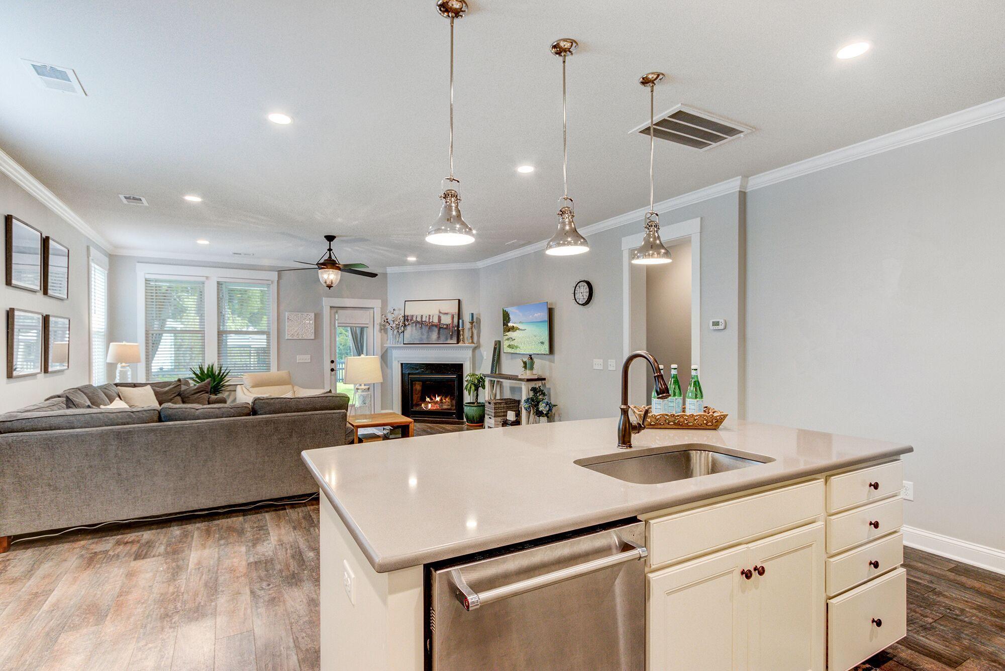Carolina Bay Homes For Sale - 2739 Rutherford, Charleston, SC - 12
